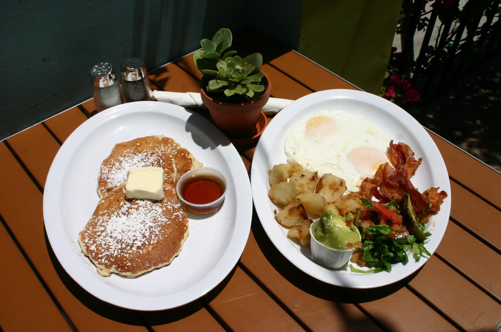 grande-breakfast